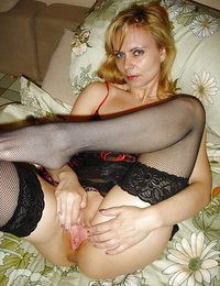Mature Amateurs in Tights